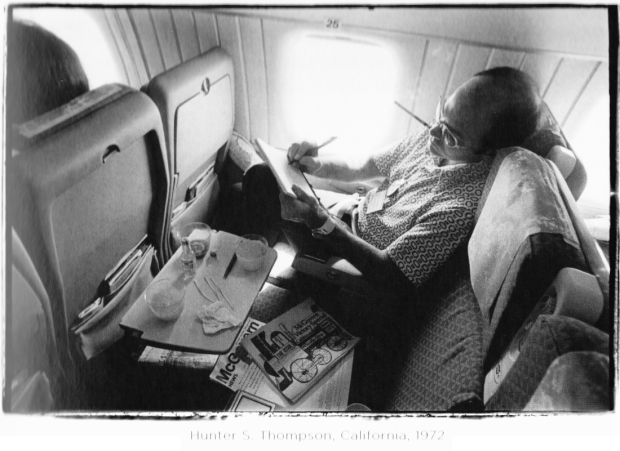 hunter-s-thompson-california-1972-by-annie-leibovitz
